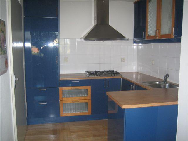 Demontage van oude keuken en plaatsing van nieuwe keuken in Wijk bij Duurstede